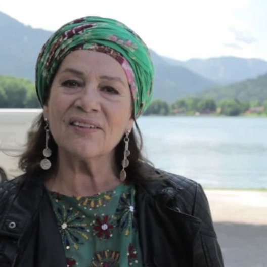 Hannelore Elsner über die Arbeit mit Doris Dörrie 3 - Interview Poster