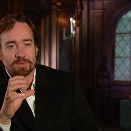 MacFadyen über seine Rolle - OV-Interview Poster
