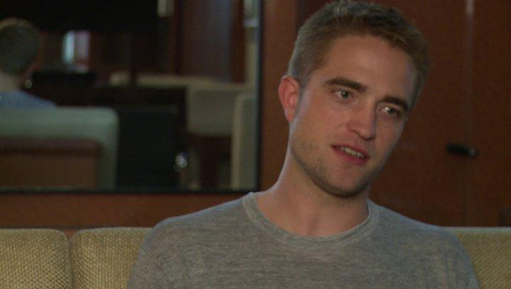 Robert Pattinson (Jerome Fontana) über: die Chance mit David Cronenberg zu drehen, das Genre des Film, seine Rolle, zerplatze Träume in Hollywood - OV Poster