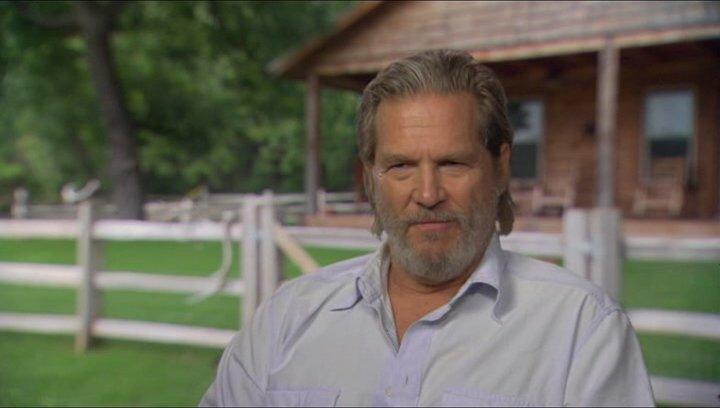 Jeff Bridges (Rooster Cogburn) über die Geschichte - OV-Interview Poster
