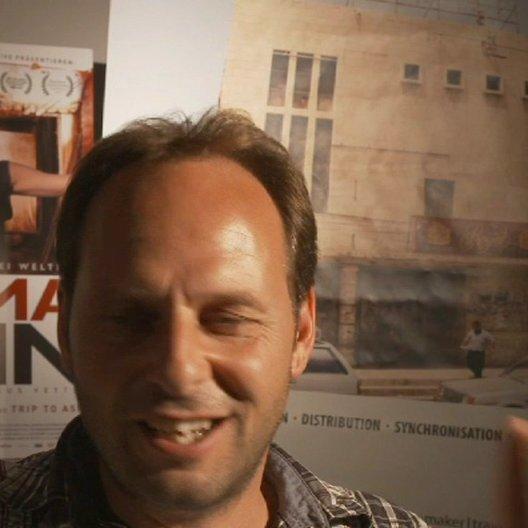 Marcus Vetter -Regisseur- über die Unterstützung in letzter Minute -Roger Waters- - Interview Poster