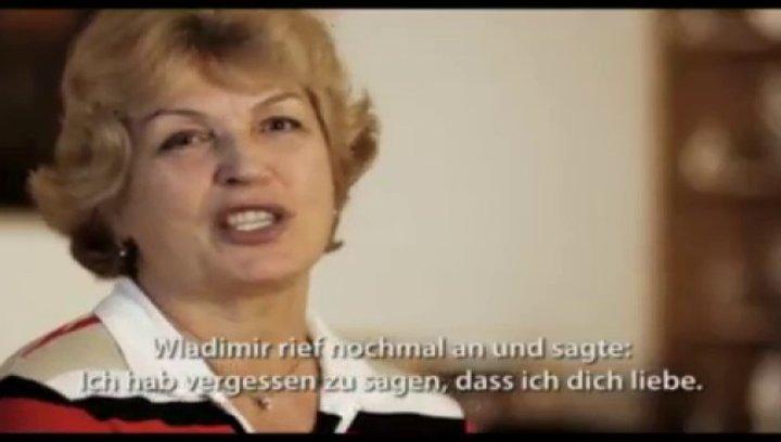 Special-Trailer: Klitschko-Brüder grüßen kino.de-User. Poster