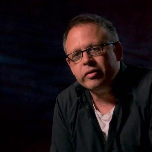 Bill Condon - Regiesseur über die Arbeit an dem Film - OV-Interview Poster