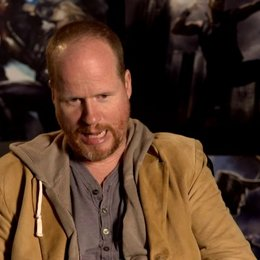 Joss Whedon - Regisseur über Tom Hiddleston als Loki - OV-Interview Poster