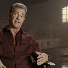 Mel Gibson - Conrad Stonebanks - über die Anziehungskraft des Franchise - OV-Interview Poster