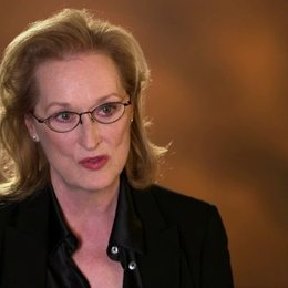 Meryl Streep - Violet Weston -  über Julia Roberts - OV-Interview Poster