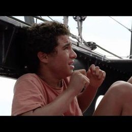 Turning Tide-Zwischen den Wellen (VoD-/BluRay-/DVD-Trailer) Poster