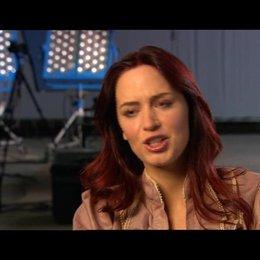 Emily Blunt über die positive Wirkung des Films auf das Publikum - OV-Interview Poster