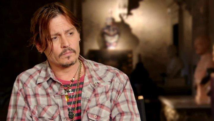 Johnny Depp - Mortdecai - über Mortdecais Schnurrbart - OV-Interview Poster