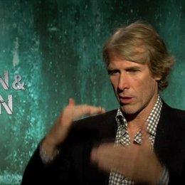 Michael Bay - Regisseur - über die Dreharbeiten in Miami - OV-Interview Poster