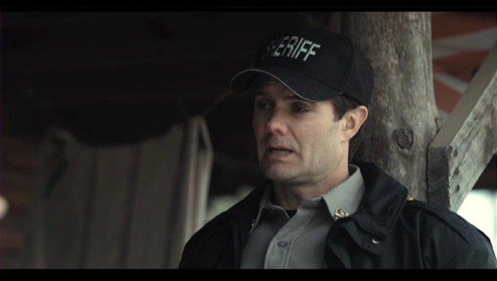 Sheriff Baskin überbringt Ree die schlechte Nachricht - Szene Poster