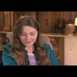 Abigail Breslin über ihre Lieblingszene im Film - OV-Interview Poster