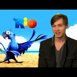 David Kross über den Film - Interview Poster