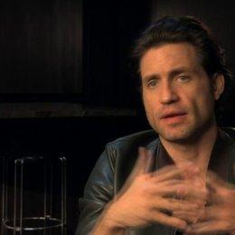 Edgar Ramirez über seine Rolle - OV-Interview Poster