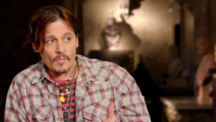 Johnny Depp - Mortdecai - über Paul Bettany als Jock - OV-Interview Poster