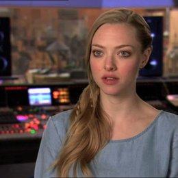 Amanda Seyfried - MK - über ihre Rolle und die Aussage des Films - OV-Interview Poster