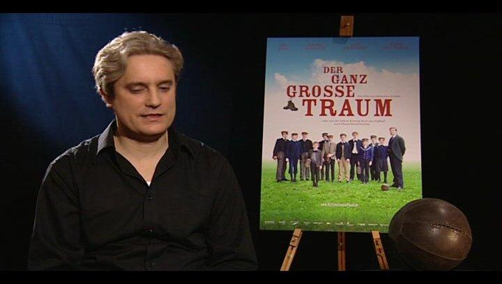 Sebastian Grobler (Regisseur) über die Bedeutung von Fussball für ihn und den Film - Interview Poster