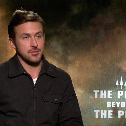Ryan Gosling - Luke - über die Stunts - OV-Interview Poster