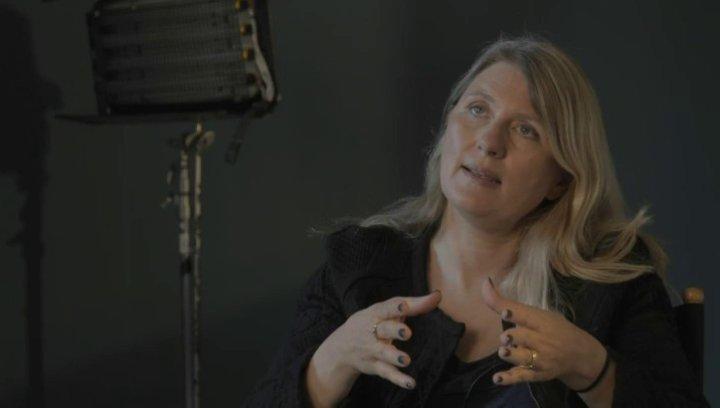 Judy Tossel über Peter Chelsom - OV-Interview Poster