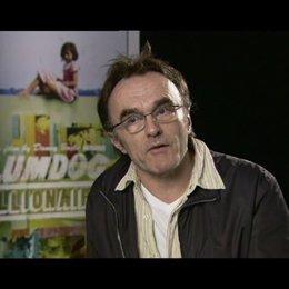 Danny Boyle (Regie) - über die Zusammenarbeit mit dem Autoren Simon Beaufoy - OV-Interview Poster