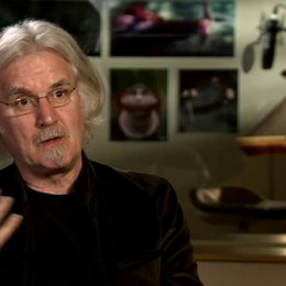 Billy Connollly - Originalstimme Koenig Fergus - über den Film - OV-Interview Poster