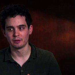Damien Chazelle über die Beziehung zwischen Andrew und Fletcher - OV-Interview Poster