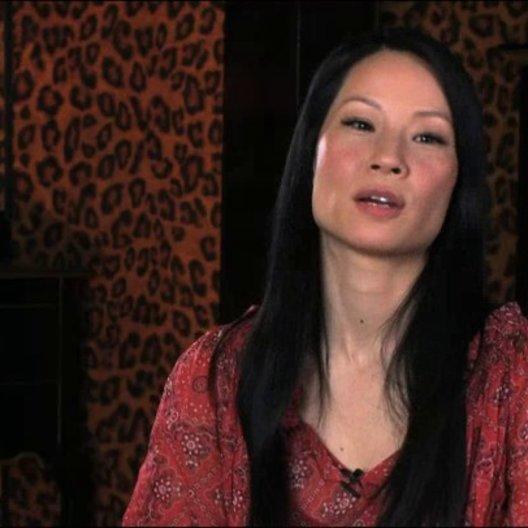 Lucy Liu über Madame Blossom - OV-Interview Poster