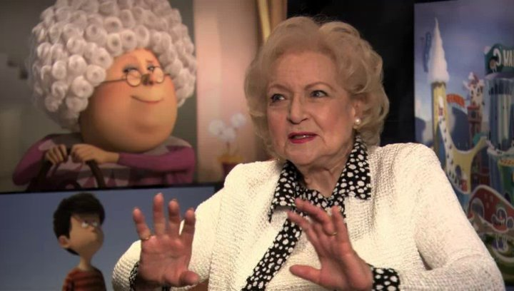 Betty White über Grammy Normas Rat an Ted - OV-Interview Poster