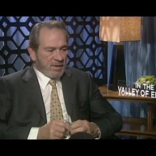 Interview mit Tommy Lee Jones ( Hank Deerfield ) - OV-Interview Poster