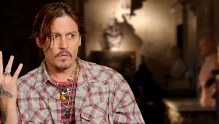Johnny Depp - Mortdecai - über seine Rolle - OV-Interview Poster