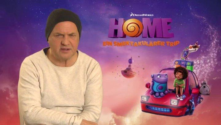 Uwe Ochsenknecht - Captain Smek - über seine Figur Captain Smek - Interview Poster