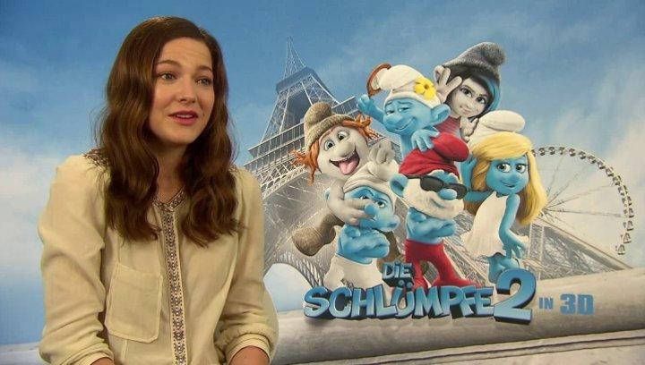 Hannah Herzsprung -Schlumpfine- über ihre Rolle - Interview Poster