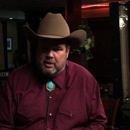 Eric Stonestreet über Big Chuck - OV-Interview Poster