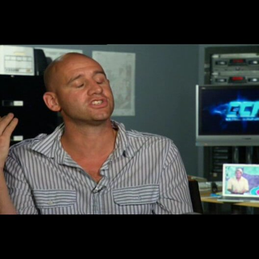 """Phil Traill - Regie / über """"Hartman"""" - OV-Interview Poster"""