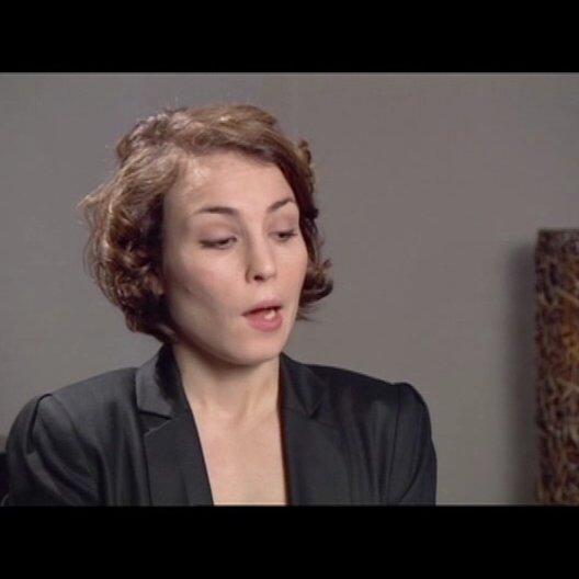 Noomi Rapace (Lisbeth Salander) über die Gründe, warum Lisbeth so ist wie sie ist - OV-Interview Poster