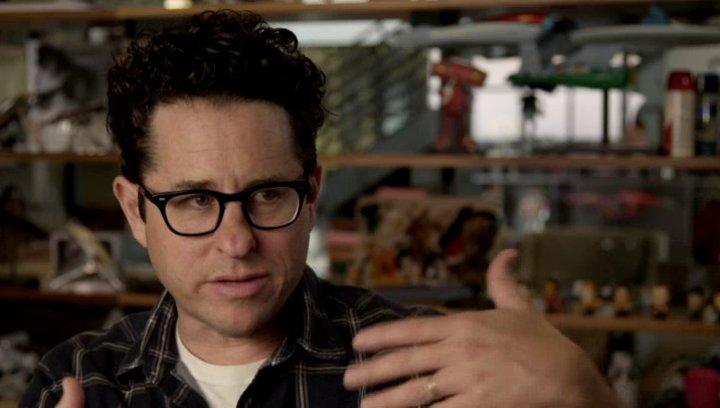 JJ Abrams - Regisseur - über den Bau des Enterprise-Sets - OV-Interview Poster