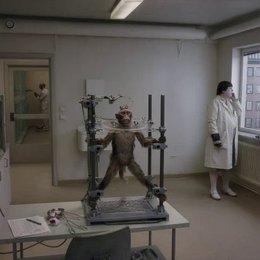 Ein Affe im Labor - Szene Poster