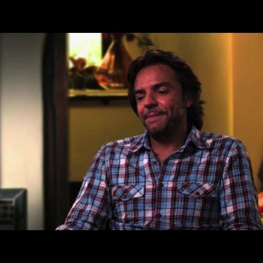Euginio Derbez über seine Rolle - OV-Interview Poster