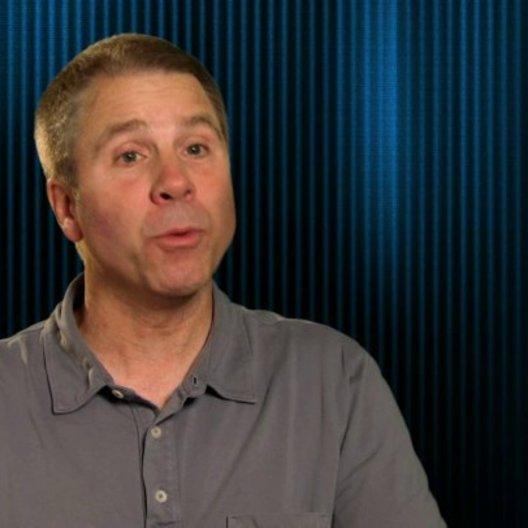 Clark Spencer - Produzent - über Rich Moore - OV-Interview Poster