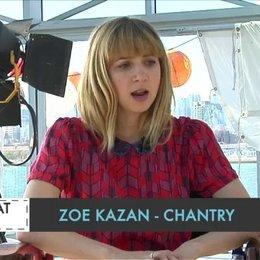 Zoe Kazan - Chantry - über das Drehbuch - OV-Interview Poster