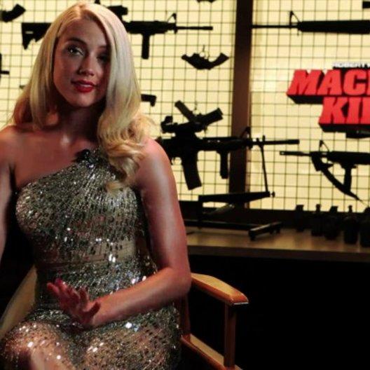 Amber Heard über den Film - OV-Interview Poster