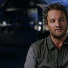 Jason Clarke - Malcolm - über Malcolms Reise in dem Film - OV-Interview Poster