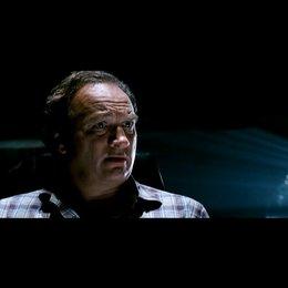 Underdog ist da: Der Superhund eilt seinem gefesselten Herrchen (James Belushi) zur Rettung. - Szene Poster