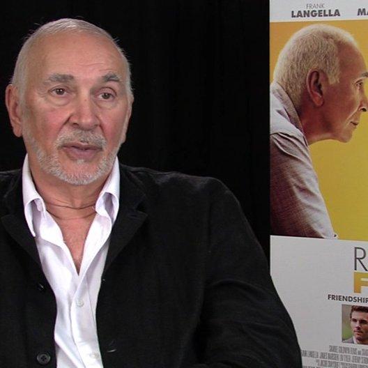Frank Langella - Frank - über das Thema des Films - OV-Interview Poster
