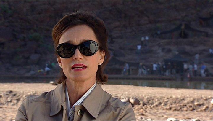 Krstin Scott Thomas - Patricia Maxwell über ihre Rolle - OV-Interview Poster