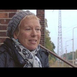 Doris Dörrie / Regie - über die Rolle der DDR im Film - Interview Poster