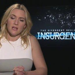 Kate Winslet - Jeanine - über die Zusammenarbeit mit Shailene Woodley - OV-Interview Poster