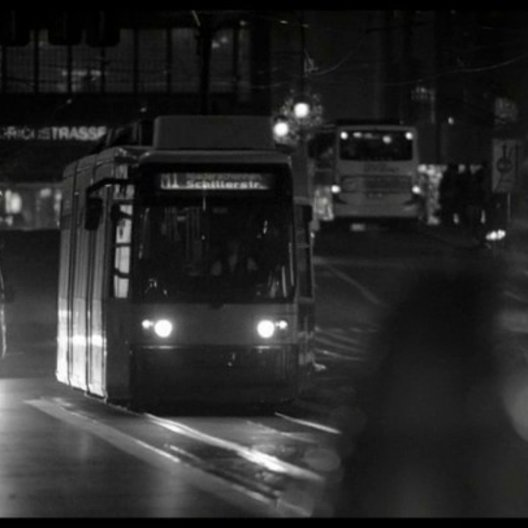 Friedrichstrasse bei Nacht - Szene Poster