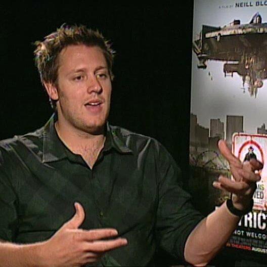 Neill Blomkamp über Aussage des Films - OV-Interview Poster