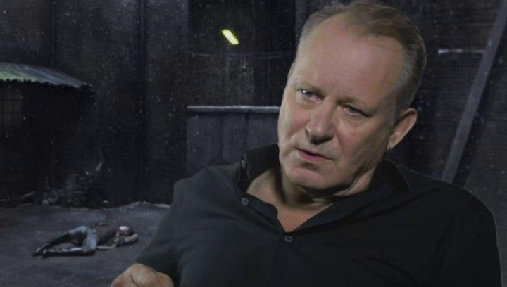 STELLAN SKARSGARD - Seligman - wie man die Sex-Szenen interpretieren sollte - OV-Interview Poster